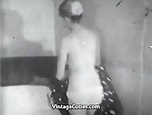 Young Couple Gets A Quick Fuck (1950S Vintage)