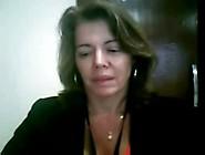 Coroa Muito Gostosa Se Masturbando Na Webcam - Bucetas Gostosas