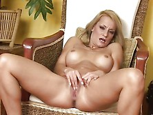 Mature Blonde Valentina Valente Fingering