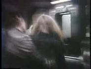 Dois Indivíduos E Estupro De Fêmeas No Trem