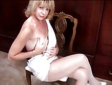Mature In Pantyhose Masturbation