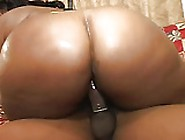 Black Mature Has Big Booty