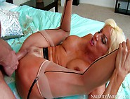 Mature Slut Tara Holiday With Big