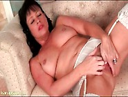 Mom In Garter Belt And Stockings Masturbates