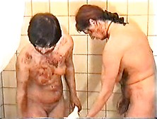 Scat Lesbians In The Shower