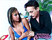 Young Black Girl In Lipstick Sucks Big Cock