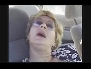 Comendo A Tia Dentro Do Carro