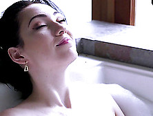 Dark Haired Woman Loves Oral Sex Before Taking A Dick Up Her Pus