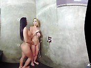 Badoinkvr - Lez Be Friends - Susy Gala And Daniela Dadivoso
