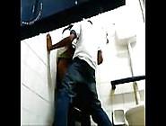 Flagra No Banheiro Da Escola Da Novinha Dando Na Hora Do Recreio