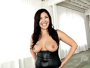 Busty Asian Woman London Keyes Flashing Her Pierced Tits In A St