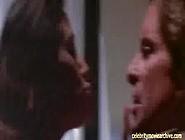Demi Moore - Disclosure Sex Scene