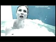 Drowning: Michaela Rosen - Der Blonde Affe