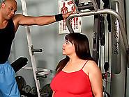 Big Beautiful Woman With A Sexy Ass Enjoying A Fantastic Interra