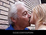 Old Man Gets A Tiny Teen Girl To Do Dirty Things For Him At The