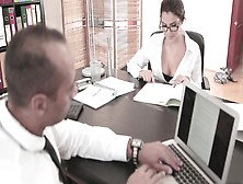 A Bitch With Large Natural Tits Fools Around In The Office And S