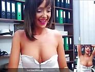 Ladytaniaa - Riding Mature Posing Topless - Live Paid Webcam (K5