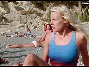 Daryl Hannah - Girls Naked Swimming,  Public & Outdoors - Summer