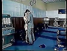 Una Scatenata Moglie Insaziabile - Film Porno Integale