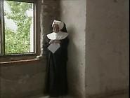 Sabrina. Die. Kloster-Schulerin