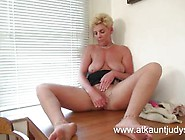 Taylor Lynn Plays With Her Moist Pussy