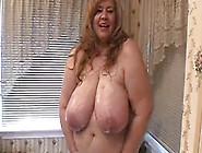 Curvy Sharon - Spying On Mommie's Bath