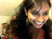 Nice Indian Girl With Great Smile On Webcam