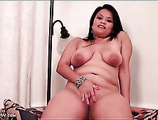 Latina Bbw With A Big Ass She Wants To Show Off