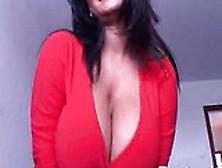 Su Ex Novia Se Masturbaba En La Cama Y