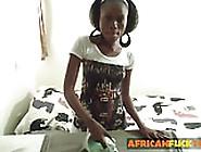 Amateur Ebony Got Her Ass Slap In Riding