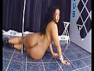 Pole Dancing Session With The Voluptuous Plump Babe Mariela