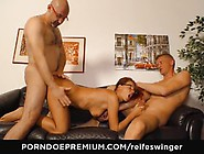 Reife Swinger - Mature German Threesome Fucking