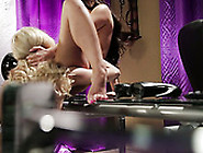 Lesbian Pussy Eating And Fingering Action With Two Curvy Babes