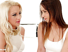 Live Cams - Fingering Bliss By Sapphic Erotica