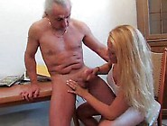 Blonde handjob tube