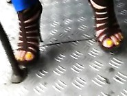 Candid Video Of A Sexy Latina Feet In Heels