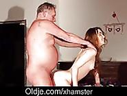 Horny Cute School Girl Closeup Cum Swallow In Old Fuck Break