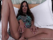 Hot Dusky Latina Milf Francesca Le Giving Head Deep Inside