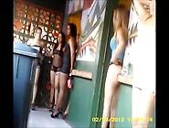Ecuadorian Prostitutes - Prostitutas Guayaqui-Ecuador - La Calle
