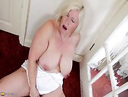 Fat Mature Blonde Playing In Ripped Pantyhose