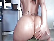 Amazing Bitch Slides Up And Down Huge Dildo Toy
