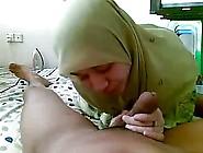 Malay Girl With Love Sucking Coock & Licking Ass