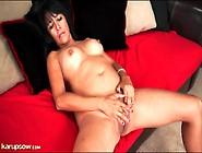 Solo Mature Isabella Montoya Masturbates Cunt
