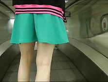 Hot Amateur Had No Panties Under That Mini Skirt