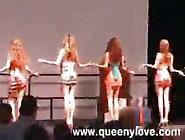 Queeny Love Public Cum Walk
