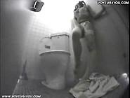 Hidden Cam Captures Masturbater