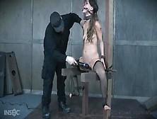La Tatuada Esclava Devilynne En Un Vídeo De Dominación Sadomasoq