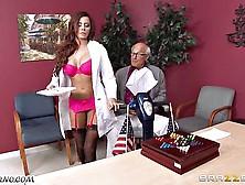 Kortney Kane & Madison Ivy - Porn Threesome In A Hospital Wa