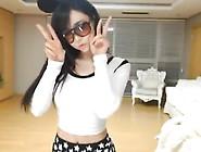 Super Cute Korean Girl Sexy Dance On Webcam Korean Bj 2014110301
