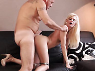 Chub Teen Girl Horny Platinum-Blonde Wants To Attempt